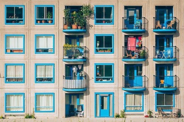 fastighetsaktier bostäder